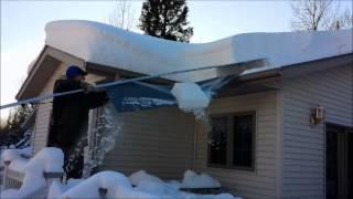getlinkyoutube.com-MinnSNOWta Roof Razor Roof Rake Review