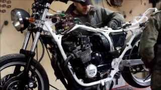 getlinkyoutube.com-Yamaha 600 transformation to bobber. #1