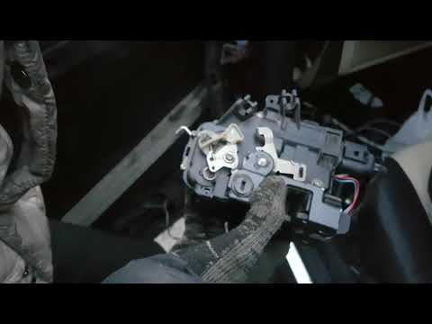 Audi A6 C5 - Уставший немец. Часть 6. Замок двери
