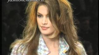 "getlinkyoutube.com-""Chanel"" Spring Summer 1994 Paris 1 of 4 pret a porter woman by FashionChannel"