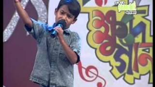 getlinkyoutube.com-Amar Gaye joto-Udoy_Khude GaanRaj.DAT