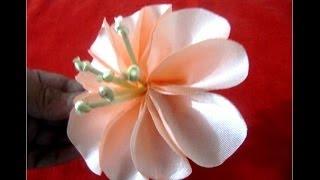 getlinkyoutube.com-Moños hermosas flores fáciles en telas para el cabello