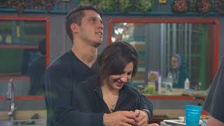getlinkyoutube.com-Big Brother - Victoria's Owie - Live Feed Highlight