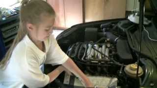 getlinkyoutube.com-Audi 100/A6 C4 Replacing gasket of cylinder head cover