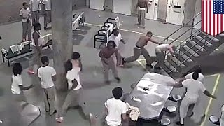 getlinkyoutube.com-Prison fight: Super-max jail fight sends five inmates to hospital - TomoNews