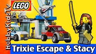 getlinkyoutube.com-Trixie Escape Meet Stacy LEGO City Police Police Station 60047 HobbyKidsTV