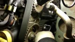 getlinkyoutube.com-Wymiana rozrządu Nissan Renault Dacia 1.5 dCi K9K