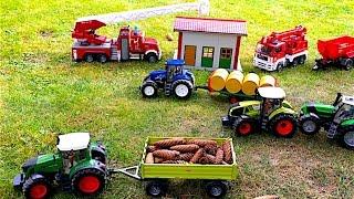 getlinkyoutube.com-BRUDER Toys tractors - Claas New Holland Fendt