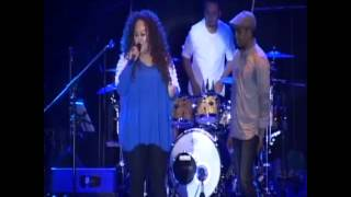 "getlinkyoutube.com-Jazz Traffic Festival 2013 - Gleen Fredly feat Tiara ""Malaikat Juga Tahu"""