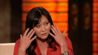 getlinkyoutube.com-Shannen Doherty Gets Emotional on George Lopez show 3/15/2010