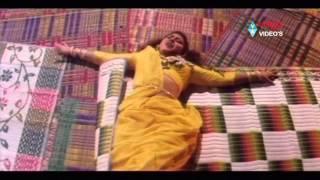 getlinkyoutube.com-Allari Police Songs - Aakuni Atta Pattuko - Mohan Babu,  Amani, Maalasri