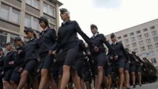 getlinkyoutube.com-Beautiful army girls - Bella ciao
