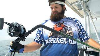 getlinkyoutube.com-Monster Grouper Breaks Fishing Rod - ft. kanalgratisdotse
