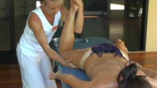 getlinkyoutube.com-Hawaiian Lomi Lomi (Kahuna) Massage & Training - Essential Bodywork