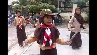 getlinkyoutube.com-Latihan Tari Sajojo Pake Seragam Pramuka