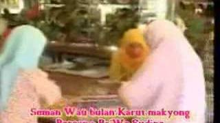 getlinkyoutube.com-Seman Wau Bulan-Karut Makyong  Part 1
