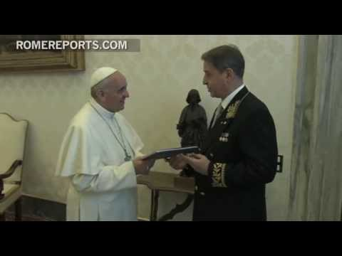 Historic meeting between Pope and first Russian ambassador to Vatican