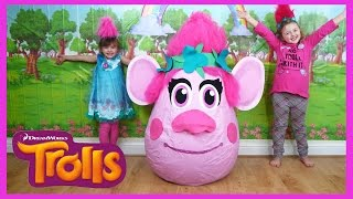 getlinkyoutube.com-NEW TROLLS MOVIE SUPER GIANT EGG SURPRISE + TROLLS SONG + TOYS | The Disney Toy Collector