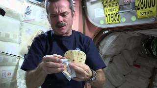 getlinkyoutube.com-Making a Peanut Butter Sandwich in Outer Space   CSA ISS Science HD Video