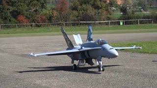 getlinkyoutube.com-R/C Boeing F/A-18 Hornet Swiss Air Force Scale turbine Model Jet Hausen Flugtag 2015