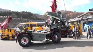 getlinkyoutube.com-【諏訪湖SAのスタバにトレーラー突っ込む!】~手際よく事故車を撤去する頼もしいロードサービス~