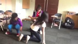 getlinkyoutube.com-EHS Homeschooling Drama Class Idola Cilik 2013 - Malin Kundang
