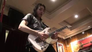 STEVE VAI SESSION IBANEZ SOLO GUITAR  @ HARD ROCK CAFE PARIS BY ROCKNLIVE PROD