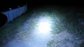 getlinkyoutube.com-【extreme bright 】米軍使用LED★CREE社製★11000ルーメン ハンディライト 照射映像
