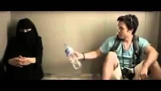getlinkyoutube.com-WAJIB DI TONTON   Seorang Lelaki Terjebak Di Dalam Lift Bersama Wanita Bercadar