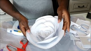 DIY: LARGE PAPER FLOWER BACKDROP