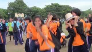getlinkyoutube.com-เต้นมันๆ กีฬาสีขาณุวิทยา 2555 BSLvideo