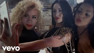 getlinkyoutube.com-Diosa Canales - Sexy Dale (Official Video)
