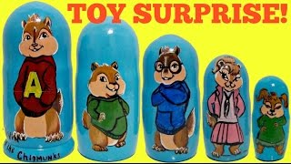 getlinkyoutube.com-Alvin & the Chipmunks: The Road Chip Nesting Dolls, Stacking Cups with Toy Surprises! TUYC