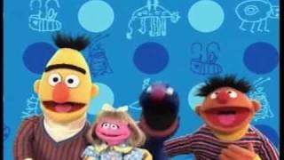 getlinkyoutube.com-Play with Me Sesame Open and Ernie Says Segment.mov