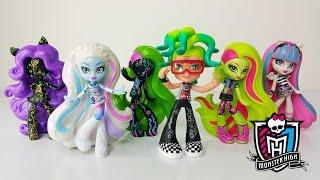 getlinkyoutube.com-Monster High Vinyls Deuce, Venus, Rochelle, Abbey & Clawdeen
