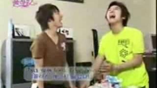 getlinkyoutube.com-Super Junior Funny Laughs xD