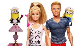 getlinkyoutube.com-Barbie Temizlik Yapıyor - Ken ve Minyonlar Yardım Ediyor!
