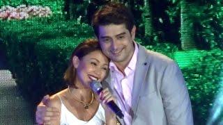 getlinkyoutube.com-Pangako Sa Yo - Amor Powers Kinantahan si Eduardo