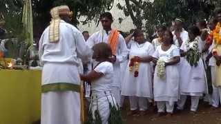 getlinkyoutube.com-Marche sur le feu Temple Sababady Samy Portail Saint-Leu 2014