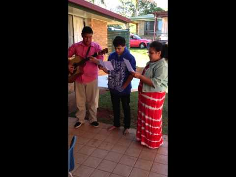 Kotoni, Joe & Leini Toseni singing 'Thank You' at Kingaroy SUTT Father's Day Lunch.