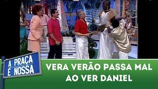 getlinkyoutube.com-A Praça É Nossa - Vera Verão passa mal com a presença de Daniel