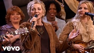 Bill & Gloria Gaither - Hebrew Lullaby [Live] ft. The Isaacs