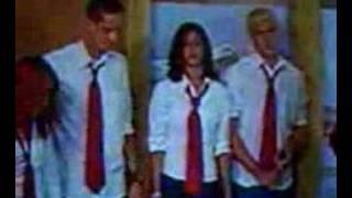 getlinkyoutube.com-RBD Cover El Fuego em sua primeira aparição na TV
