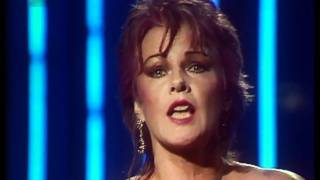 getlinkyoutube.com-Frida - I Know There's Something Going On (ABBA) (1982) HD 0815007