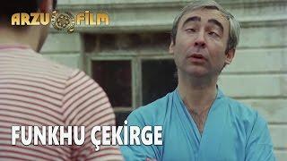 getlinkyoutube.com-Hababam Sınıfı Tatilde - Funkhu Çekirge