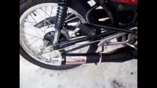 getlinkyoutube.com-Yamaha RD135 escape Rocket primeira partida
