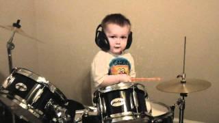 getlinkyoutube.com-Amazing Kid Drummer