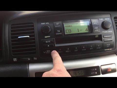 Toyota Corolla e120- серия 10, в попытке сделать AUX в магнитоле.
