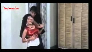 Madhuri Dixit - Boob Grab