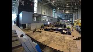 getlinkyoutube.com-Jaguar Land Rover Modular Exhibition System at the Geneva Motorshow 2014